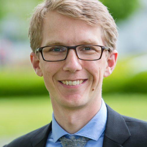 Dr Jakob Blaavand